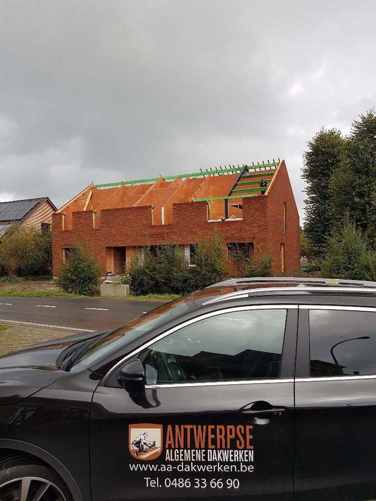 Nieuw dak schoten